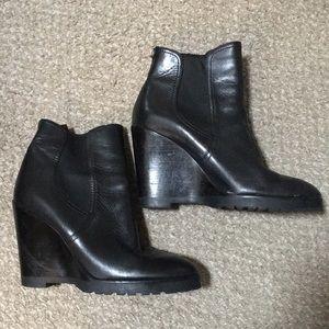 Michael Kors leather wedge booties Sz 9.5